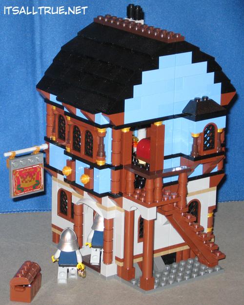 Vault Review: Lego 10193 – Medieval Market Village « It'sAllTrue.Net